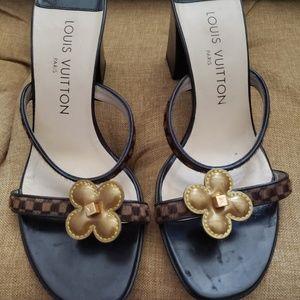 Lois Vuitton Damier Sandals